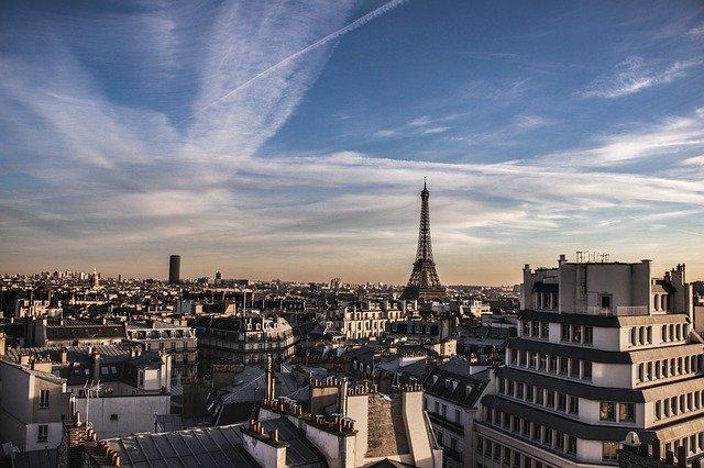 Avoir une domiciliation Paris simplement: les différentes solutions